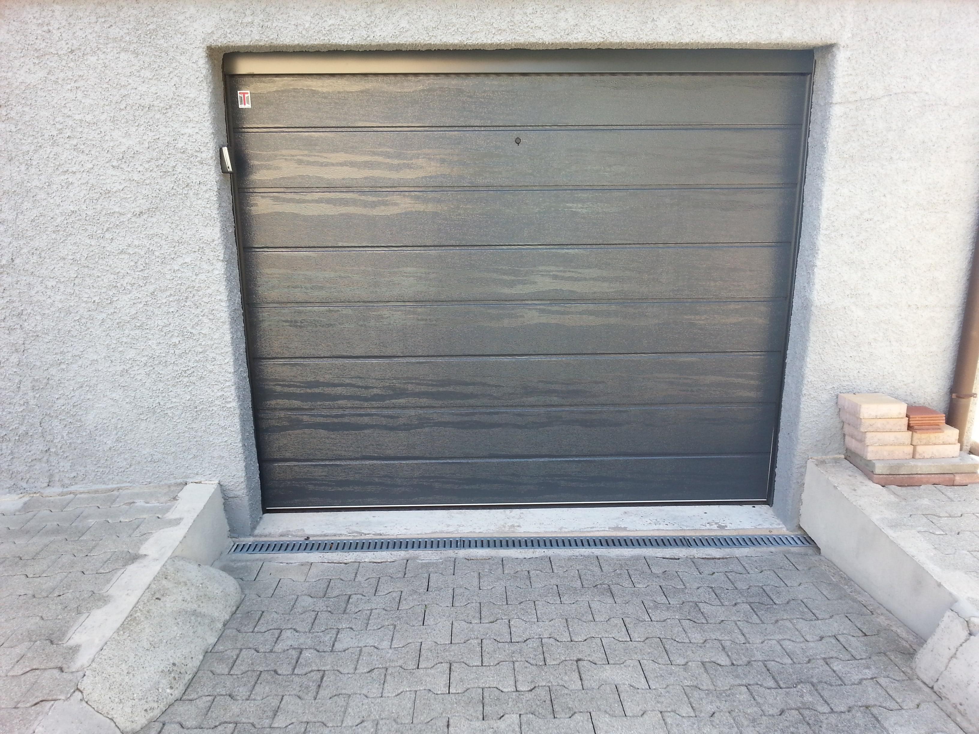 Portes de garage et automatismes automatisme maintenanceautomatisme maintenance - Porte garage gris anthracite ...